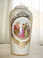 Angelica Kaufmann  jelenettel diszitett váza