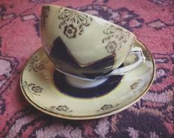 Lüszteres, szecessziós kávés csésze aljával