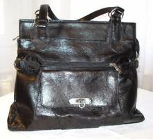 Vintage, Karen kollekció, fekete sok zsebes táska