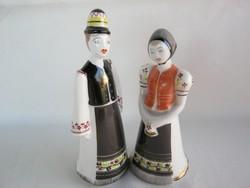 Hollóházi porcelán leány és legény népviseletes pár