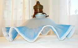 Szecessziós, fodros, kétrétegű üveg lámpa búra, foglalattal