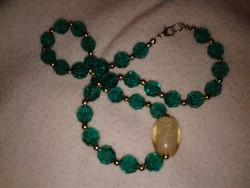 Zöld gyöngyös női alkalmi ékszer, rövid lánc csillogó nyaklánc