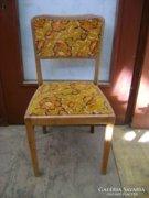 Párnázott szék