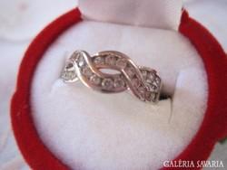 Cirkóniás ékszerbolti ezüst gyürü