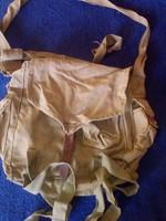 Katonai gázálarc tartó táska (oldalt zsebes)