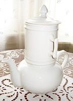 Francia porcelán teaforrázó készlet, teáskanna szűrővel