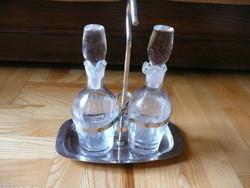 Utasellátónál használt olaj-ecet tartó csiszolt üveggel hibátlan állapot.