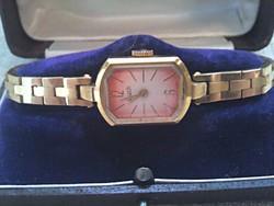 Szép állapotban lévő Luch aranyozott  női karóra dobozban