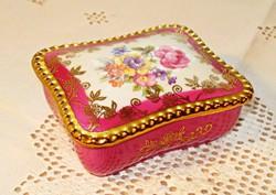 Drezdai porcelán ékszertartó dobozka