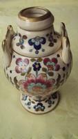FISCHER IGNÁC-(1840-1906)---gazdagon díszített,porcelánfajansz díszvázája, az 1880-as évekből.