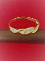Early leap year: Gold 18k ring with brilliant stone, certificate