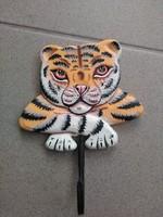 Régi festett fa tigris fogas