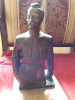 Bronz katona szobor