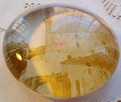 Antik, lencse alakú öntött üveg levélnehezék, dzsámival