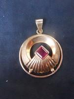 Arany medál rubin kővel.14 karát.Számla,garancia.