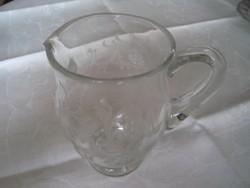 Csiszolt üveg kiöntő