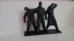 Olcsai Kiss Zoltán munkásmozgalmi szoborcsoportja