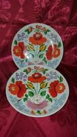 Hollóházi porcelán falitányér (2 db.)