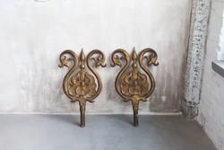Óriási méretű szecessziós jellegű faragott írisz dekoráció antikolt arany