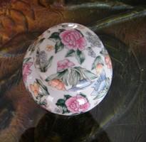Teafű tartó, fedeles 10 cm magas