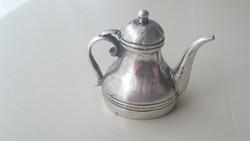 Ezüst kicsi teáskanna alakú gyertyakoppintó