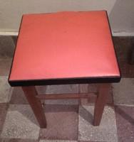 2 db RETRO  piros - fekete sky  hokedli, ülőke, puff, szék
