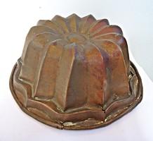 Antik rézötvözet kuglófsütő forma