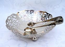Pazar ezüstözött, szinte hibátlan, tükörfényes csemege vagy kockacukor kínáló tálka, cukorcsipesszel