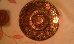 Vörösréz falitanyer a 12 zodiakus jellel