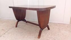 Bútor AKCIÓ kell a hely!!!  50% Ritka formájú art deco asztal eladó