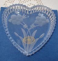Ajkai, szív alakú, kézzel csiszolt ólomkristály doboz