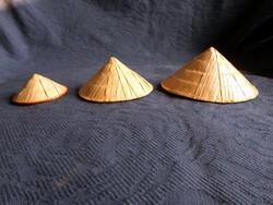 Eredeti vietnámi miniatűr bambusz kalapok, 3 db együtt