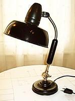 Bauhaus asztali lámpa