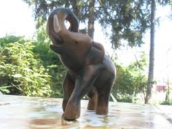 Elefánt fa faragás 17x16 cm