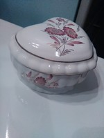 Chodziez szív alakú porcelán ékszertartó