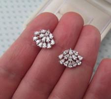 Ezüst stekker fülbevaló - sok-sok kővel - új ékszer