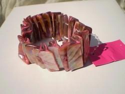 GYÖNGYHÁZKAGYLÓS rózsaszin karkötő