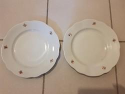 Zsolnay apró virágos lapos tányérok