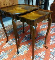 Intarziás két darabos asztal