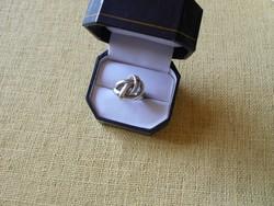 Különleges fazonú ezüst gyűrű
