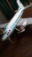 Lemezárugyári repülő