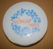 NŐNAP 1973