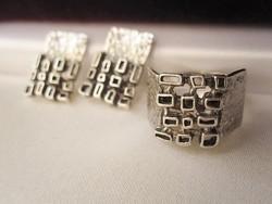 Posztmodern szett: tömör 925 ezüst mesterjelzett gyűrű és fülbevaló klipsz hozzá