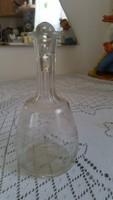 Vésett likőrös üveg, díszüveg eladó!