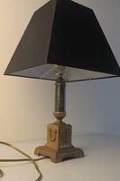 Klasszicista asztali lámpa ernyővel