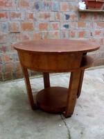 Art-deco szalon asztal