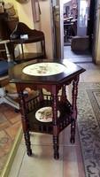 Renesans kézi festésű kisasztalka