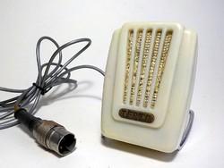 Terta támasztékos mikrofon