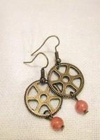 Steampunk kézműves fülbevaló ásvánnyal