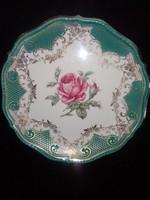 Csodás rózsával díszített tányér